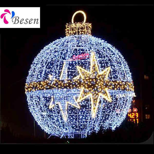 giant christmas balls besen - Giant Christmas Balls